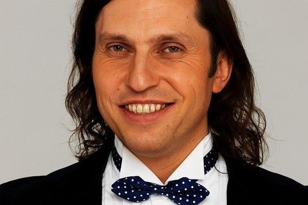 Александр Ревва 2410